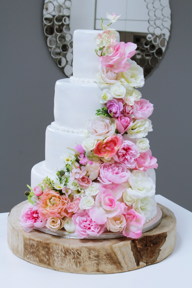 Cake Design By Annie Kone